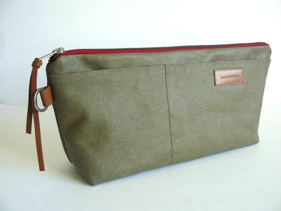 4b925e01f3a1 Waxed canvas dopp kit bag - Olive green - ASEISMANOS.com