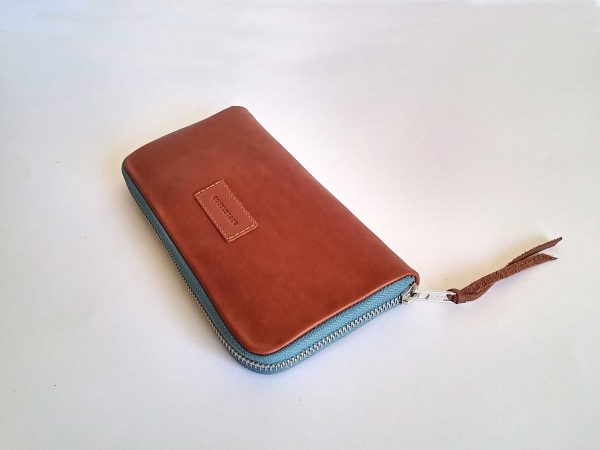 tan leather wallet full view