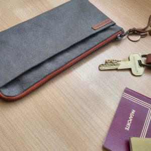 travel wallet capacity