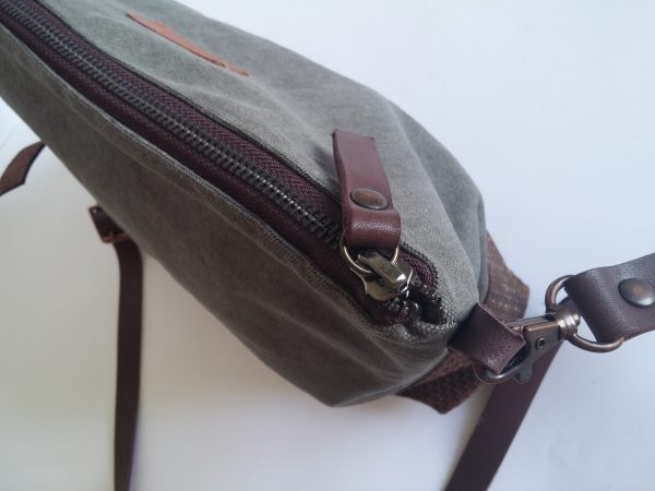 Crossbody day bag grey waxed canvas 5 zipper view