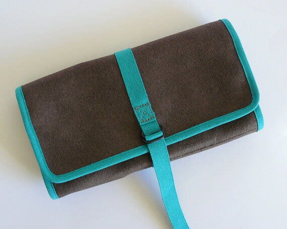 Pencil roll up case brown closed