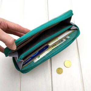 aseismanos wallet capacity