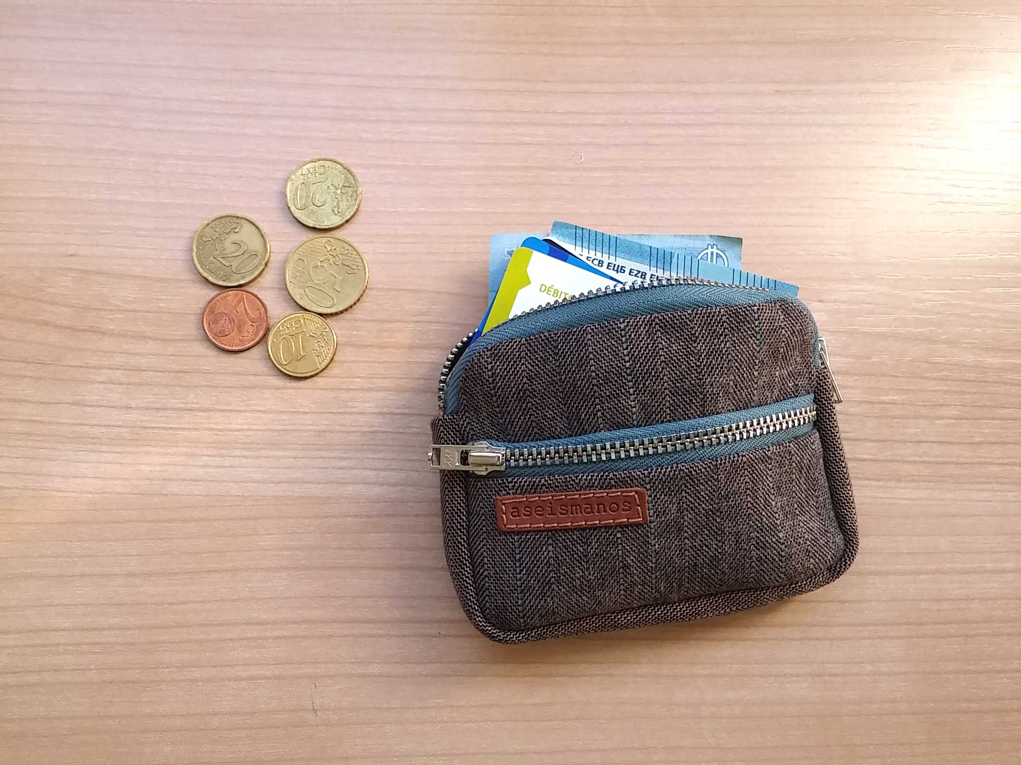 front pocket wallet with money
