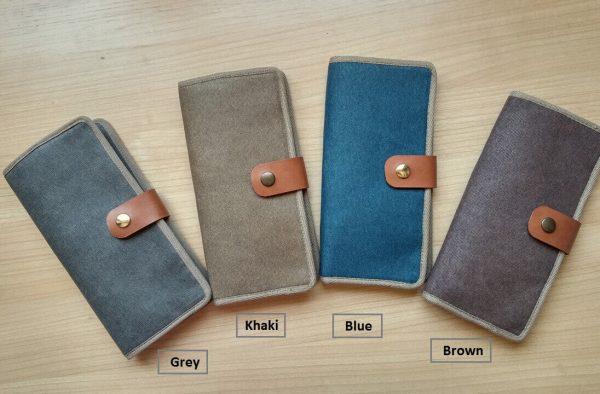 bifold wallet showing four colours