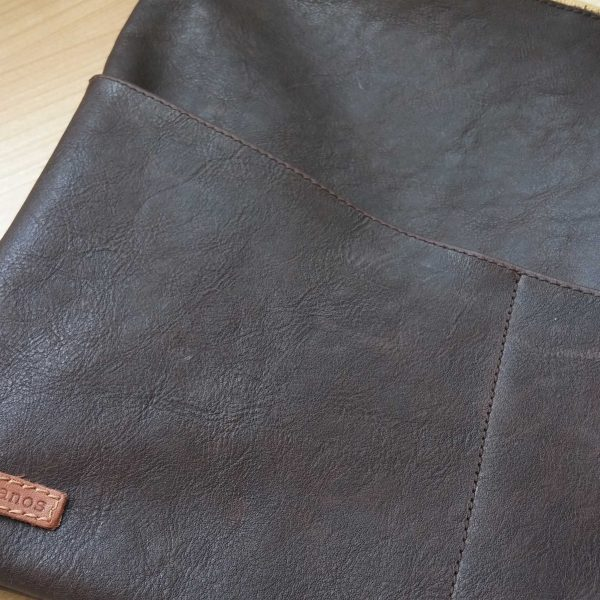 leather planner sleeve brown leather close view