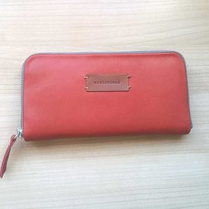 Women leather wallet full view