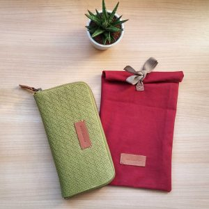 Medium moss leather wallet showing gift packaging