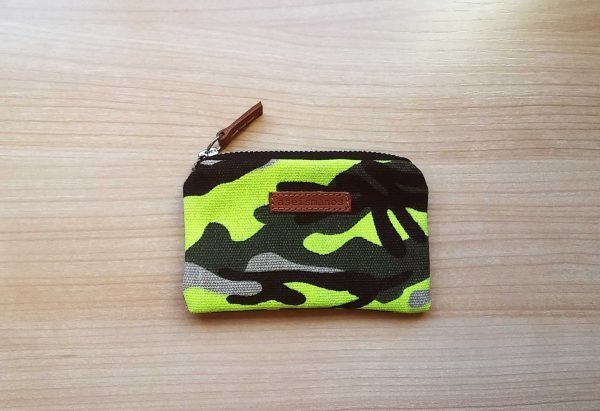 camo fluo yellow wallet