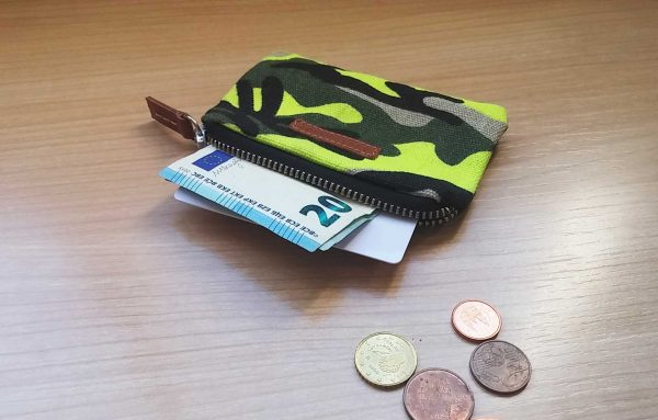 camo wallet in yellow showing capacity