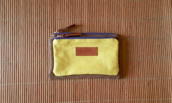 aseismanos wallet front view