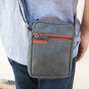 mens-small-bag-close-view