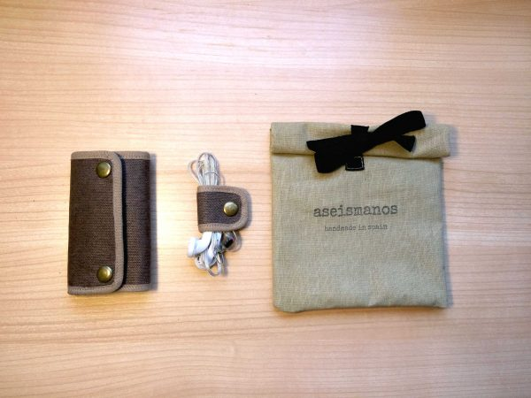 keyring and earphone holder and gift bag