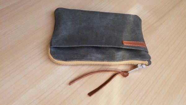 iPhone-X-wallet-zipper