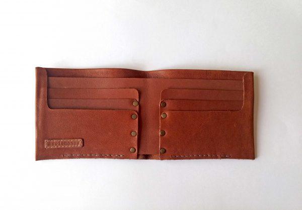 billetera abierta vacía