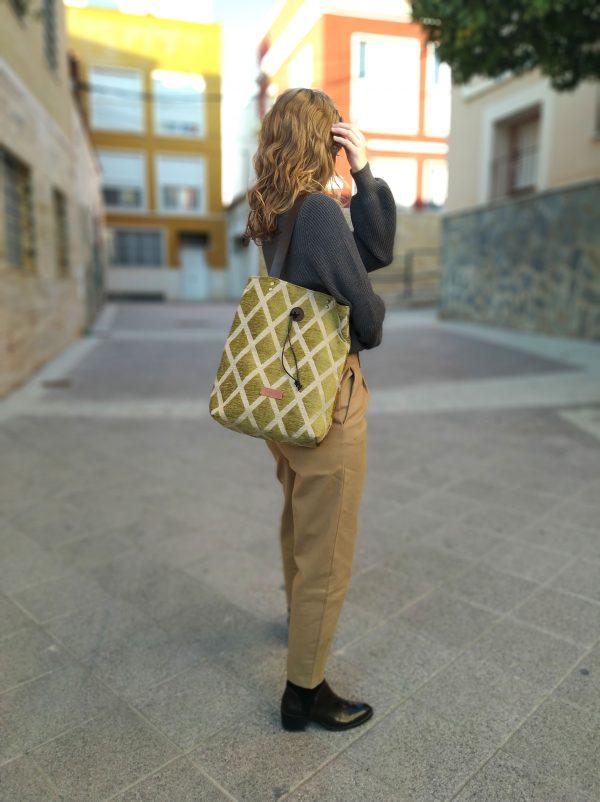 bag on shoulder