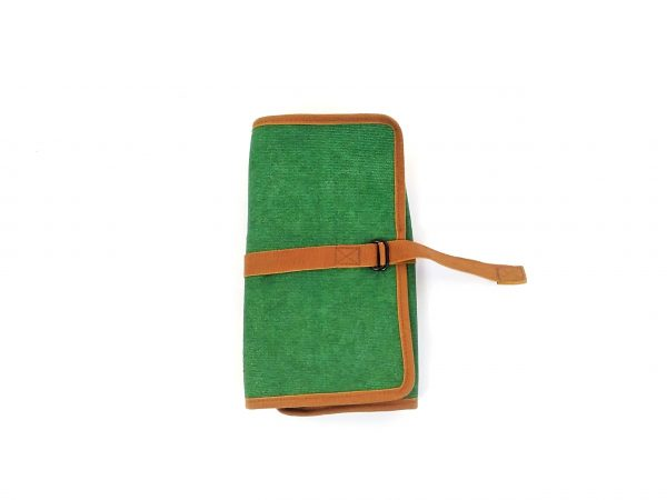 closed pen case