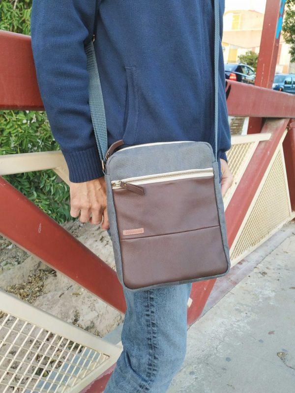 crossbody bag wearing it