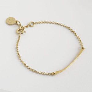 bracelet close view