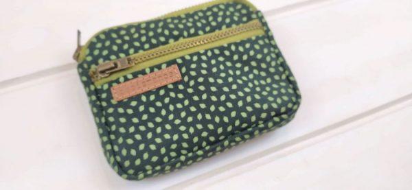 aseismanos pocket wallet close fabric view